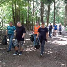 В Медвежино состоялась акция по благоустройству лесопарка