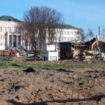 В Минске продолжается стремительный снос сталинских бараков